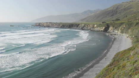 Time-lapse-of-waves-breaking-on-Sand-Dollar-Beach-in-Big-Sur-California-2