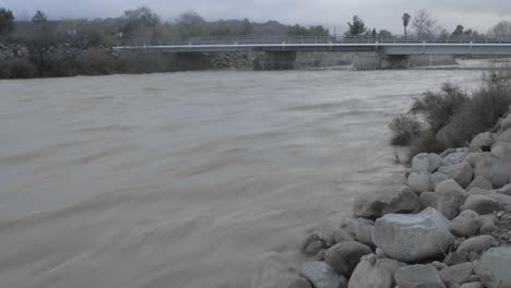 Time-lapse-of-flooding-on-the-Ventura-River-in-Oak-View-California