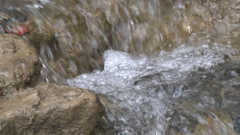 Close-up-of-a-small-waterfall-on-the-North-Fork-Matilija-Creek-above-Ojai-California