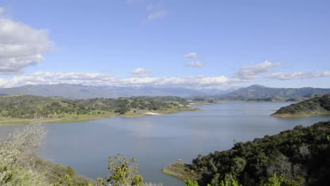 Time-lapse-motion-of-clouds-and-sunset-over-Lake-Casitas-in-Oak-View-California