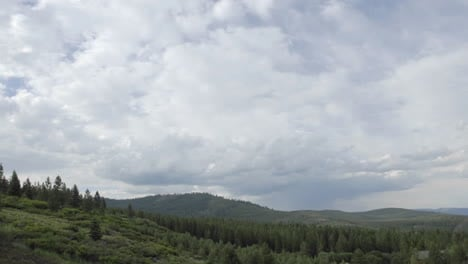 Day-to-night-time-lapse-of-clouds-and-stair-trails-in-Tahoe-National-Forest-in-Truckee-California