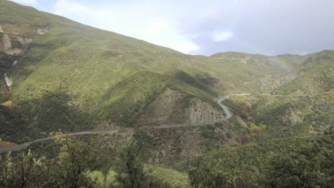 Lapso-De-Tiempo-De-Tormenta-Rápida-Despejando-Sobre-Las-Montañas-De-Santa-Ynez-Sobre-Ojai-California-1