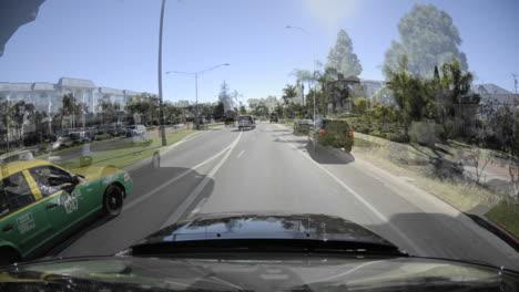 Punto-De-Vista-Lapso-De-Tiempo-Conduciendo-Sobre-El-Puente-Coronado-En-San-Diego-California