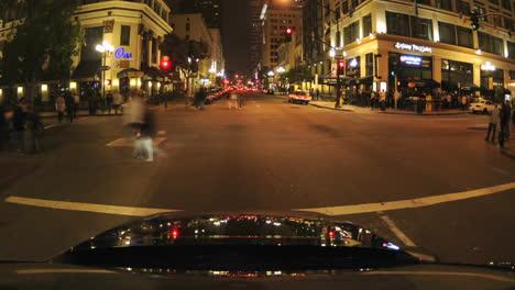 Punto-De-Vista-Lapso-De-Tiempo-Conduciendo-Por-El-Distrito-Histórico-Nacional-En-El-Gaslamp-Quarters-En-San-Diego-California
