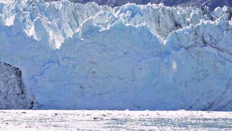 Tidewater-Margerie-Glacier-calving-in-Glacier-Bay-National-Park-Alaska