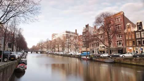 Amsterdam-Canal-03
