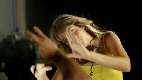 Dancing-Lady-27