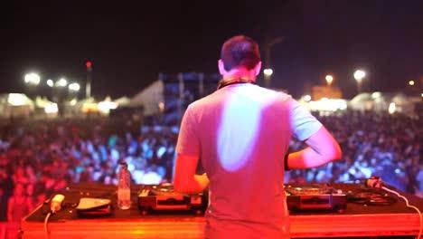 Festival-DJ-03