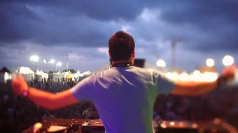 Festival-DJ-17