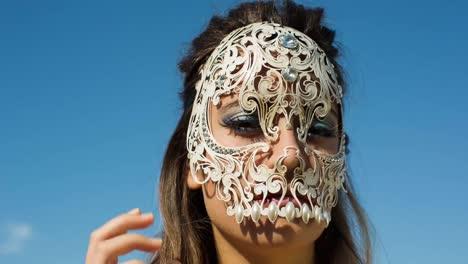 Woman-Skull-08