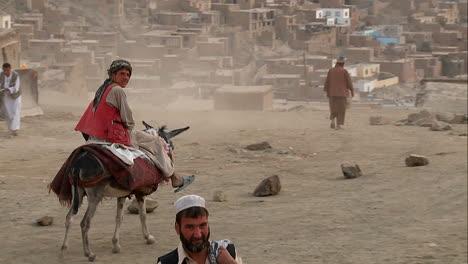 Eine-Weite-Aufnahme-Von-Kabul-Afghanistan-Vom-Tv-hügel