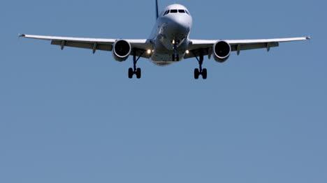Barcelona-Landing-02