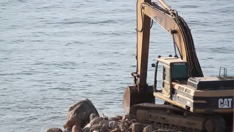 Beach-Construction-01