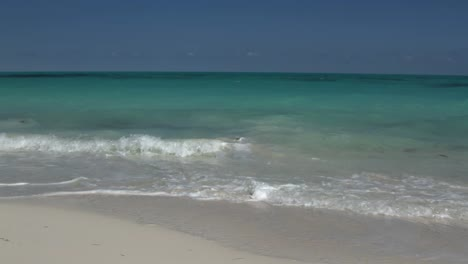 Cancun-Beach-00