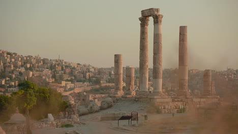 An-establishing-shot-of-Amman-Jordan-with-Roman-ruins-foreground