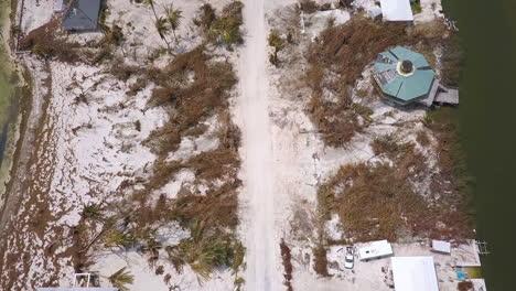 Eine-Antenne-über-Den-Zerstörungen-Des-Hurrikans-Irma-In-Der-Nähe-Der-Keys-Von-Florida