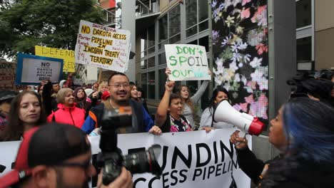 Protestors-in-Hollywood-march-against-the-Dakota-access-pipeline