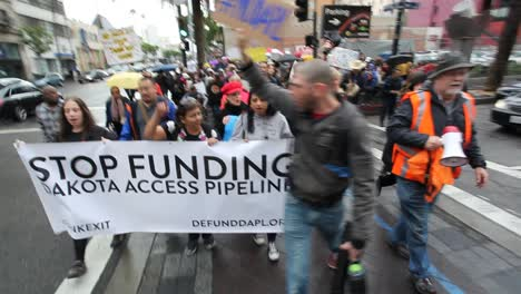 Native-Americans-in-Hollywood-marching-and-chanting-against-the-Dakota-access-pipeline-6
