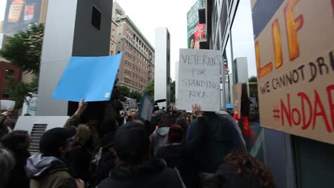 Protestors-in-Hollywood-marching-and-chanting-against-the-Dakota-access-pipeline-4