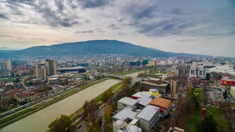 Un-Lapso-De-Tiempo-Rodado-Sobre-Skopje-Macedonia