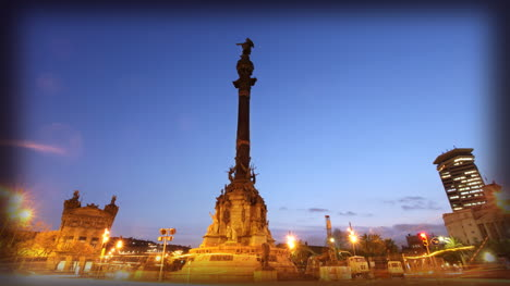 Colon-Statue-Lights-01