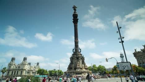 Colon-Statue-0-0
