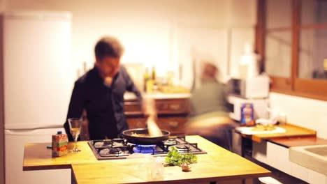 Cooking-Pasta-00