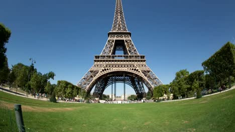 Eiffel-Tower-Video-03