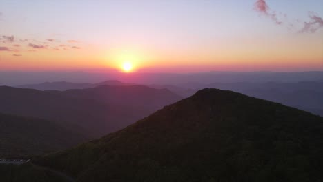 An-Excellent-Aerial-Shot-Of-The-Sun-Setting-Over-The-Blue-Ridge-Mountains-In-North-Carolina-1