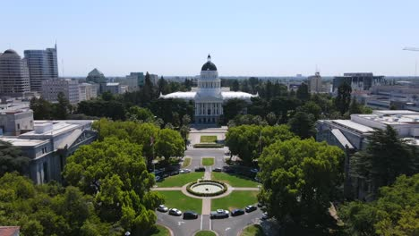 An-Excellent-Aerial-Shot-Approaches-The-Capitol-Building-Of-Sacramento-California