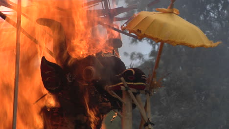 The-Sarcophagus-Burns-In-An-Indonesian-Cremation-Ceremony