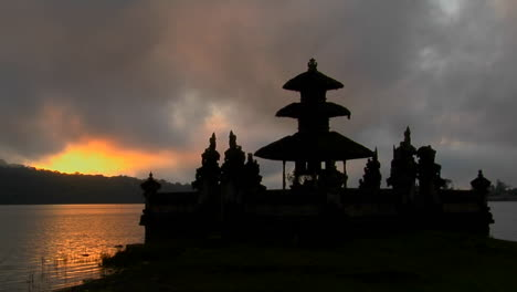 A-Balinese-Temple-Overlooks-Reflections-In-A-Lake
