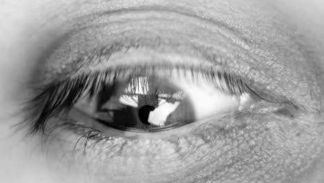 Eye-Closeup-02