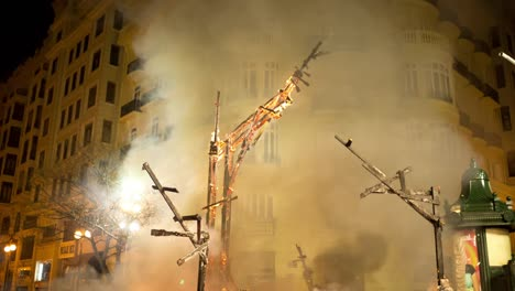 Fallas-Burning-0-11