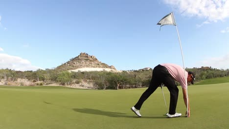 Playing-Golf-07