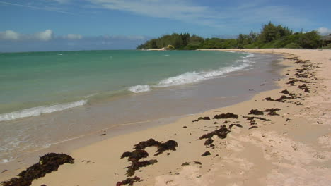 Waves-Roll-Into-A-Beautiful-White-Sand-Beach-In-Hawaii-2