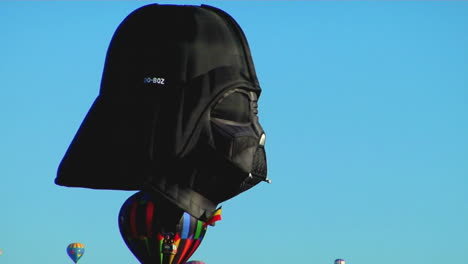 A-Balloon-At-The-Albuquerque-Balloon-Festival-Looks-Like-A-Darth-Vader-Mask