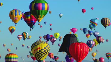Balloons-Float-Across-The-Sky-At-The-Albuquerque-Balloon-Festival-1