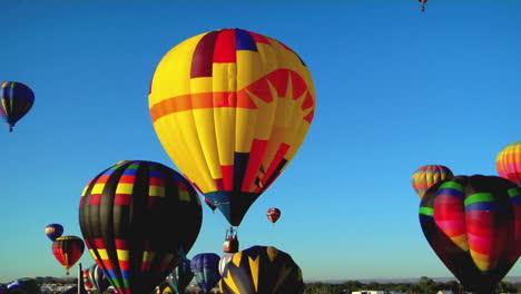 Balloons-Float-Across-The-Sky-At-The-Albuquerque-Balloon-Festival-2