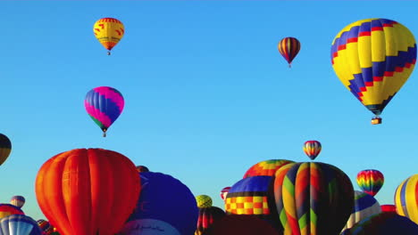 Colorful-Balloons-Launch-At-The-Albuquerque-Balloon-Festival-1