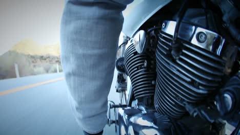 Se-Conduce-Una-Motocicleta-Por-Una-Carretera-De-Montaña-