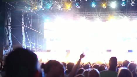 Upbeat-Festival-Scene