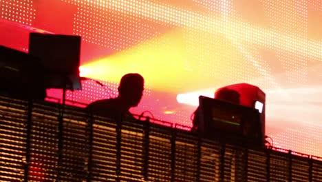 Escena-Alegre-Del-Festival-32