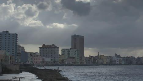 Havana-Malecon-01