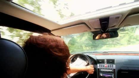 Woman-Driver-01