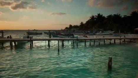 Isla-Mujeres-Boats-04