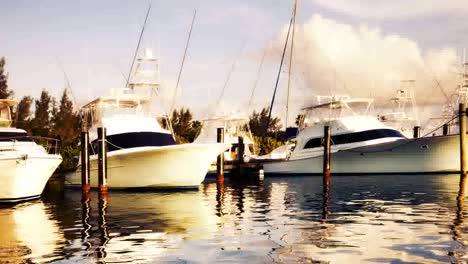 Isla-Mujeres-Boats-07