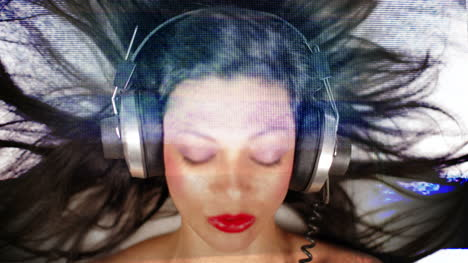 Young-Woman-Headphones-Mix-01