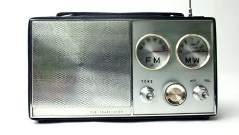 Little-Radio-14