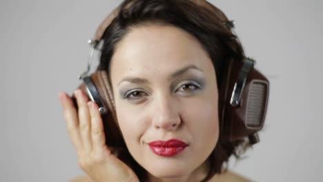 Woman-in-Headphones-Portrait-07